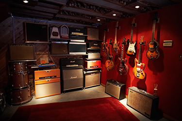 1000 images about guitar room on pinterest guitar case